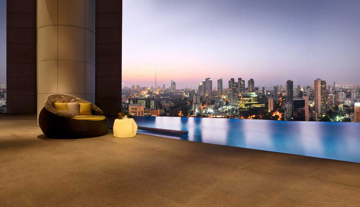 Infinity Pool at Indiabulls Sky